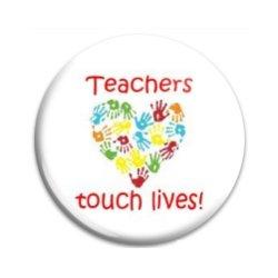 Button Pin: Teachers touch Lives (GT5035)